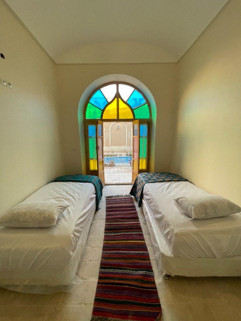 اجاره یک اتاق از عمارت با صدور مجوز برای سفر یزد